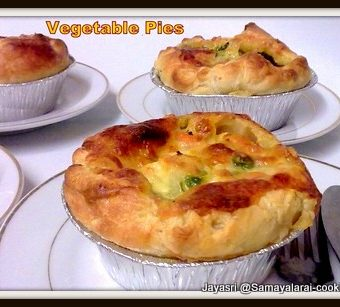 Vegetable pies with Coconut and Cashew