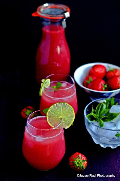 Strawberry diaquiri punch