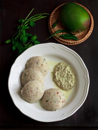 Mango Idli two ways (Maavinkaayi Idli) Instant and Regular !!