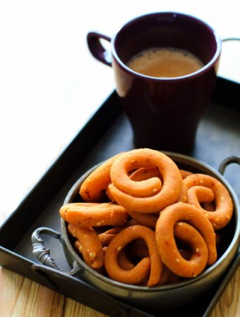 Kodubale/Kodbale – A Delicacy from Karnataka